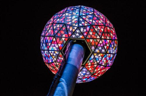 NYタイムズ・スクエアカウントダウンをスマホで楽しもう!〜Times Square Official New Year's Eve Ball App〜