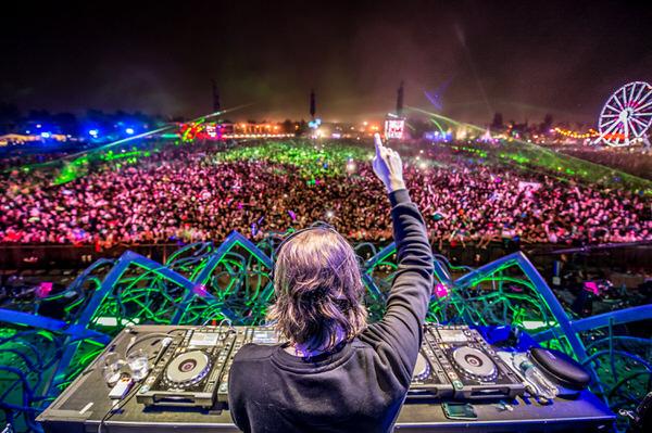 【給料公開】2014年 最も稼いだDJランキング EDM人気爆発!The Highest-Paid DJs 2014 画像、DJ・ライブ音源付き