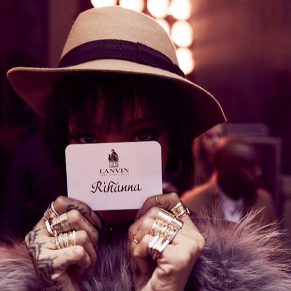 祝!リアーナのInstagramアカウントが復活 Rihanna写真まとめ