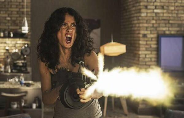 サルマ・ハエック主演、ぶっ飛びアクション映画「Everly」エヴァリー予告編が公開