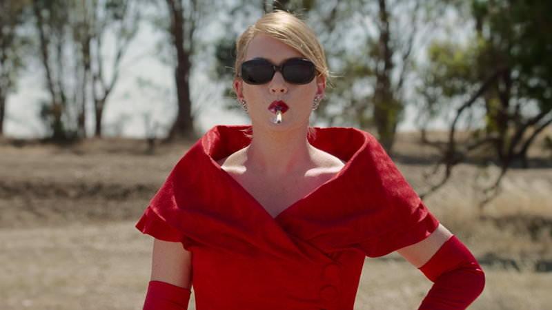 ラブコメ映画「The Dressmaker」ケイト・ウィンスレット主演 ヒット小説を映画化