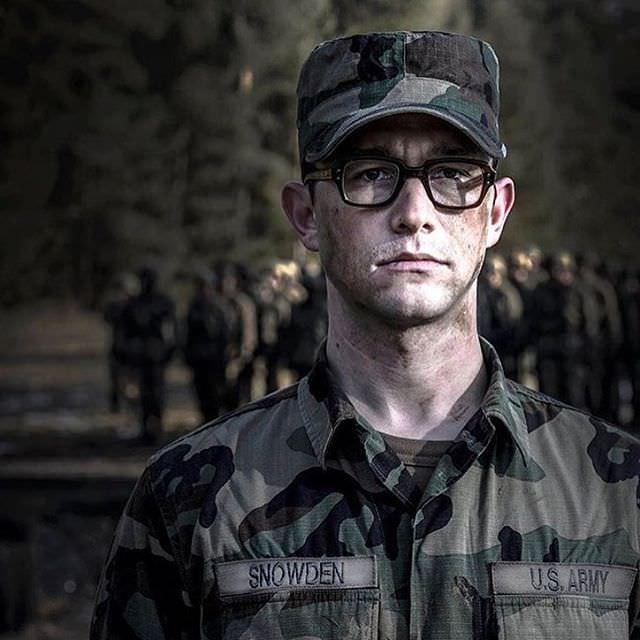 映画 スノーデン Snowden 超豪華キャストでエドワード・スノーデンを描く