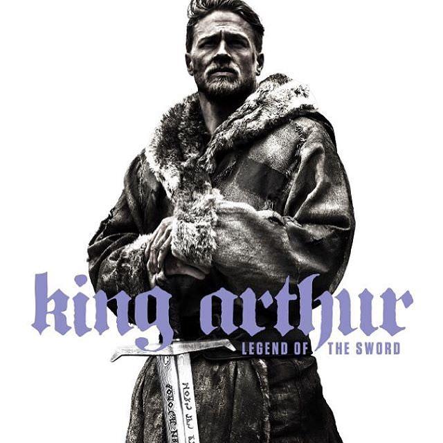 映画 キングアーサー King Arthur: Legend of the Sword アーサー王物語をド迫力映画化