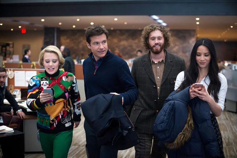クリスマスコメディ映画 Office Christmas Party クレイジーなクリパを会社で!